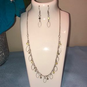 "Paparazzi ""twinkle at twilight"" yellow necklace"